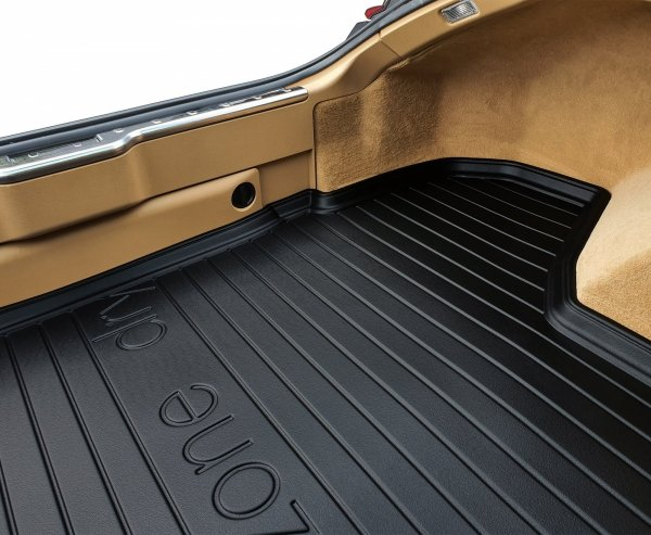 Mata bagażnika FORD Mondeo Mk IV Liftback 2007-2014  z kołem zapasowym (pełnowymiarowe)