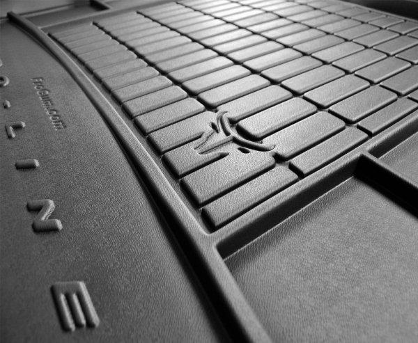 Mata bagażnika gumowa PEUGEOT Traveller Business Long od 2016, 3 rząd kanapa niedzielona