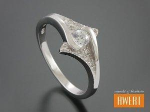 CESIS CRYSTAL srebrny pierścionek z cyrkoniami roz. 11
