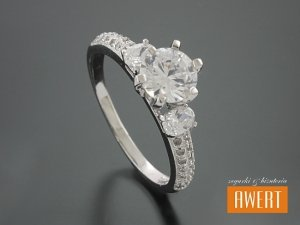 ALACA CRYSTAL srebrny pierścionek z cyrkoniami roz. 16