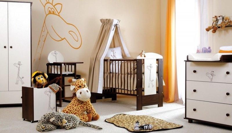 łóżeczko z żyrafką