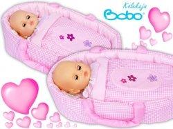 Nosidełko BOBO z aplikacją dla lalki do 45 cm różowa kratka