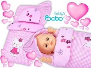 Becik dla lalki z kapturkiem i aplikacją różowa kratka