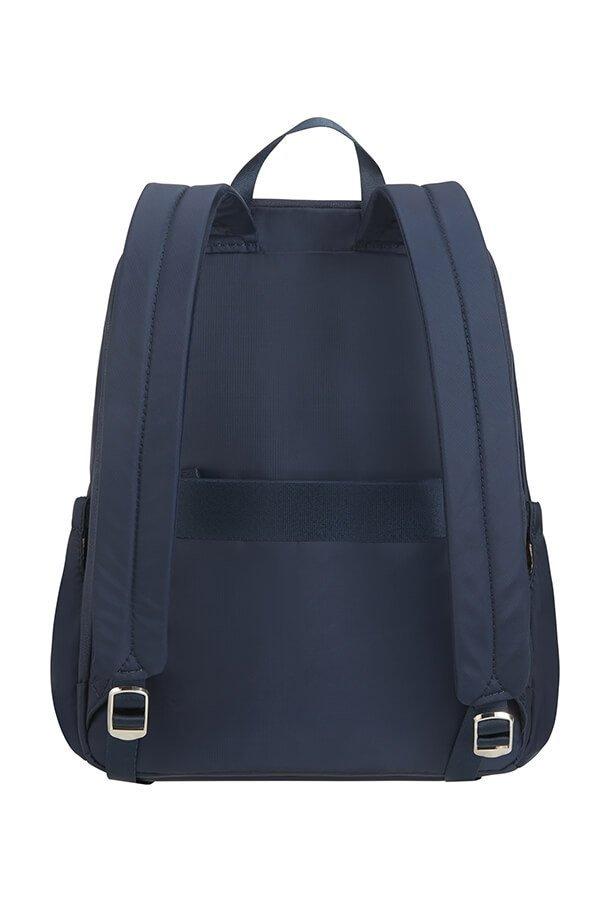 Plecak posiada regulowane szelki oraz pas (tunel) do nałożenia plecaka na stelaż bagażu