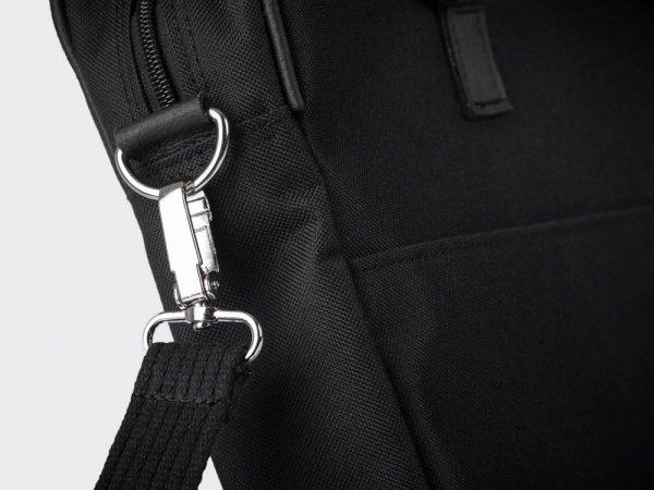Skórzana torba na laptop Solome Ring 01 czarna Codura detal