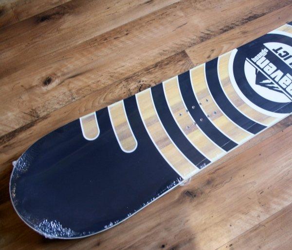 Deska snowboardowa Raven Relict 2021