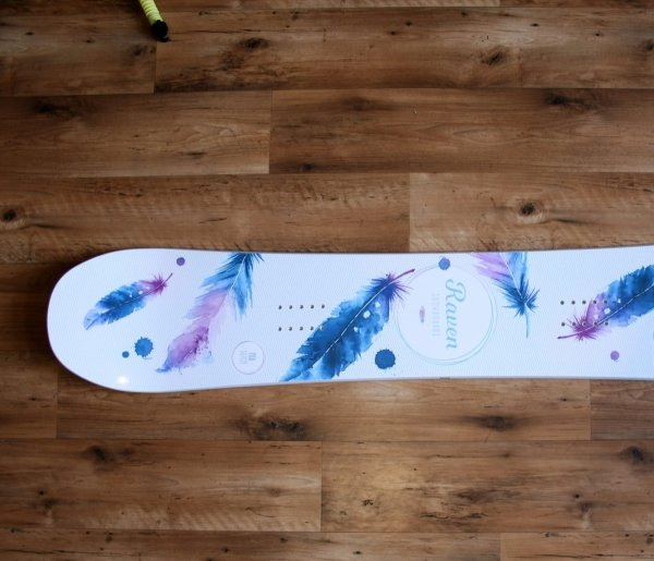 Deska snowboardowa Raven Mia White 2020