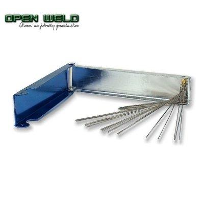 Przetyczki stalowe (czyściki) w pudełku metalowym