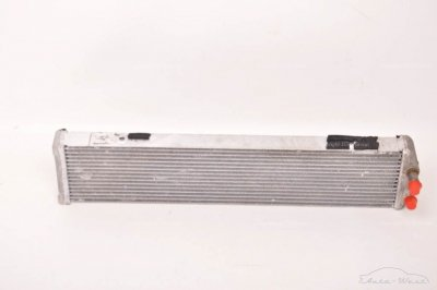 Maserati 3200 GT Engine oil radiator cooler