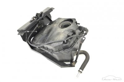 Lamborghini Gallardo 04-08 Water tank with base bracket