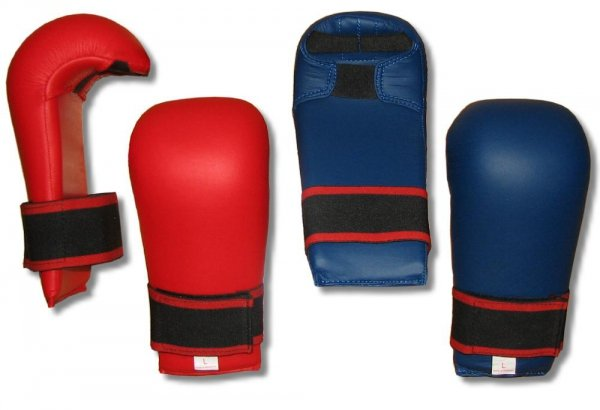 Ochraniacz karate WKF - skay