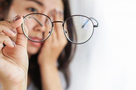 Szybka adaptacja do nowych okularów – istotne wskazówki