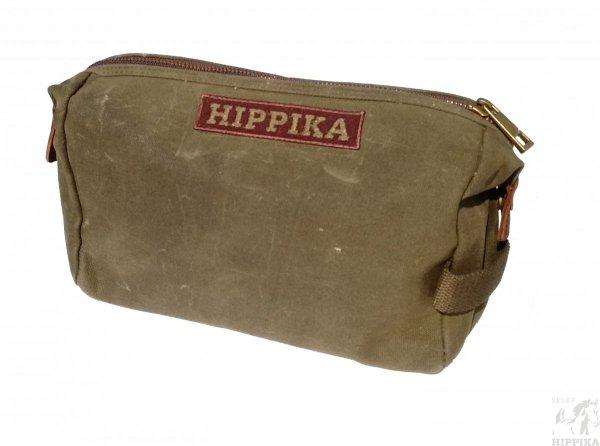 Saszetka woskowana z  naszywkami Hippiki