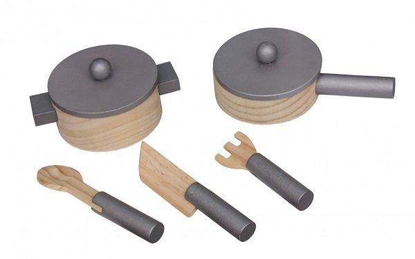 Drewniana kuchnia dla dzieci z akcesoriami