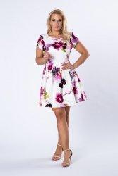 Sukienka z różanym wzorem
