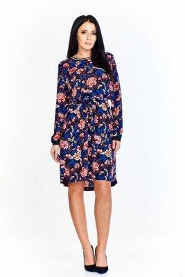 Sukienka w ciekawy wzór z krótszym przodem, kontrastującym wykończniem przy szyi i rękawach, wiązana