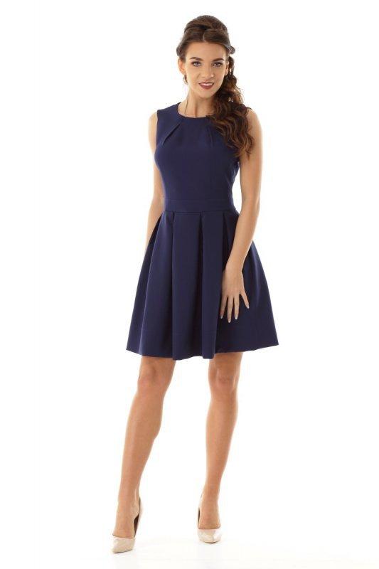 ecef334b53 Sukienka z dopasowaną górą i lekko rozkloszowanym dołem - Sukienki ...