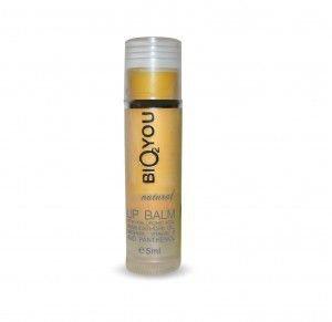 BIO2YOU Regeneracyjny balsam przeciwstarzeniowy do ust z kwasem hialuronowym, masłem Shea, woskiem pszczelim, panthenolem, wit. E i rokitnikiem 5 ml