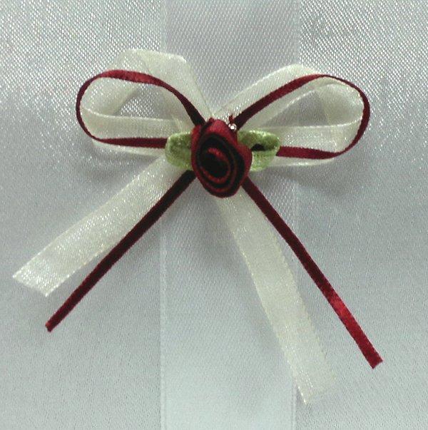 Drużbówki, kotyliony kremowo bordowe z różą 1szt
