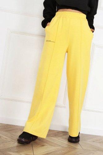 dresowe spodnie typu palazzo