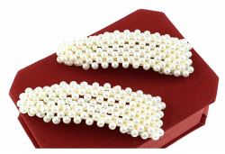 678 Trójkątna 1x spinka z białymi perłami