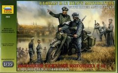 Zvezda 3632 German R-12 Heavy Motorcycle with rider and officer (1:35)