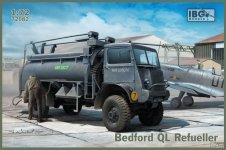 IBG 72082 Bedford QL Refueller 1/72