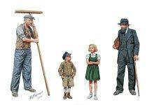 Master Box 3567 CIVILIANS,WESTERN REGION WWII era (1:35)