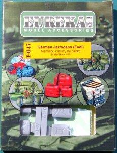 EUREKA XXL E-047 German Jerrycans Fuel (4 pcs) 1/35