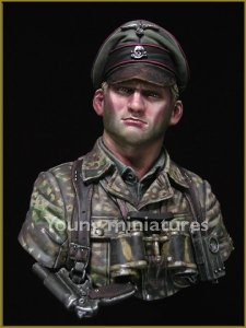 Young Miniatures YM1831 German Waffen SS Officer 1944 1/10