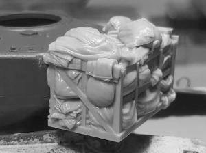 """Panzer Art RE35-662 Turret stowage bin for M4 """"Sherman"""" 75 1/35"""