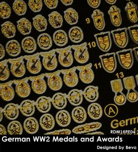 RADO Miniatures RDM16PE04 German WW2 Medals and Awards Set - Zestaw Fototrawiony 1/16