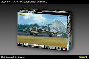 Lion Roar L1004 R.A.F. Strategic Bomber VICTOR B2 1/144