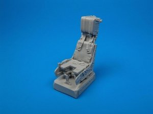 Quickboost QB32001 F/A-18C ejection seat with safety belts 1/32