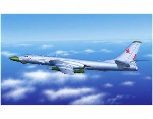 Trumpeter 03908 TU-16K-10 Badger-C 1/144
