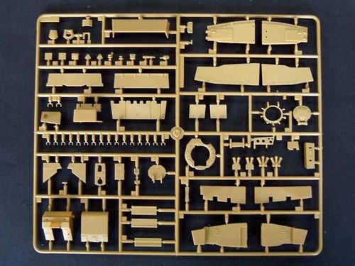 Trumpeter 00323 British Challenger 2 MBT (OP. Telic) Iraq 2003 (1:35)