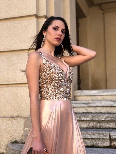 Różowa sukienka - Długa - na wesele - Sukienki wieczorowe - Gogolfun.pl