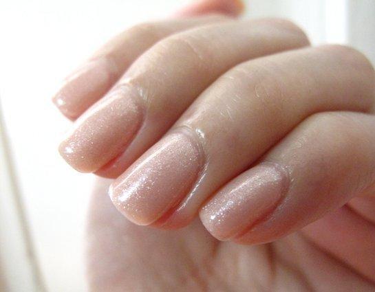Lakier hybrydowy kolor: Light Elegant 15 ml (1110815) - błyszczący GeLISH
