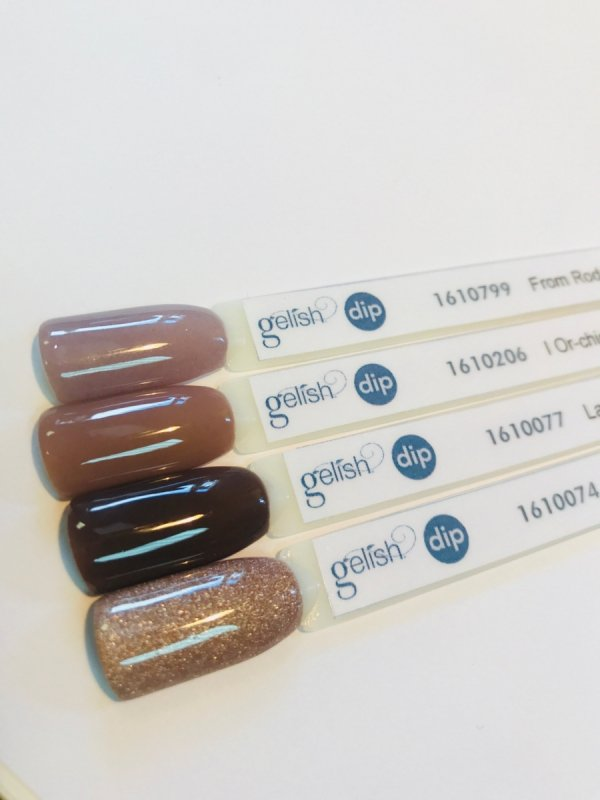 Puder do manicure tytanowego - GELISH - From Rodeo to Rodeo Drive DIP 23 g  (1610799)