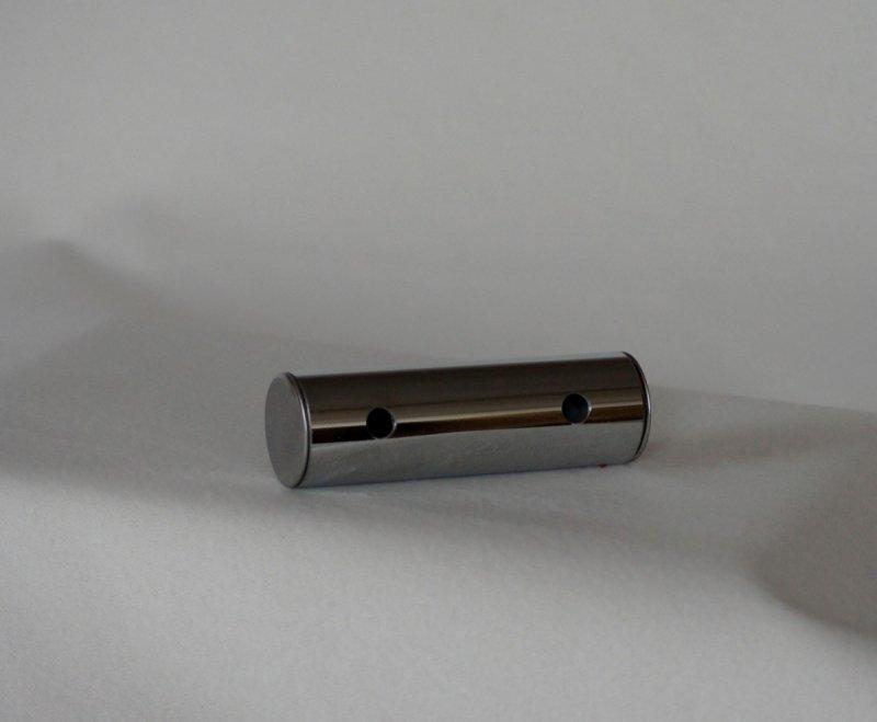 NOGA MEBLOWA CHROM FI - 40/130 W