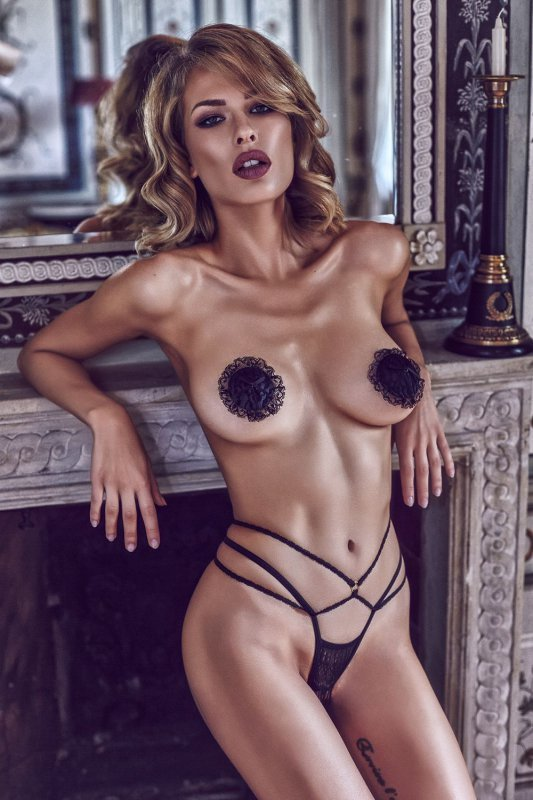 Stringi-damskie-L-XXL-erotyczne-ARETUSA-Black