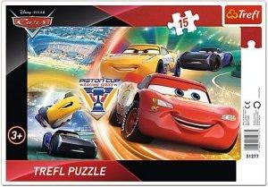 TREFL Puzzle Ramkowe 15 el. Cars Auta, Walka o zwycięstwo (31277)