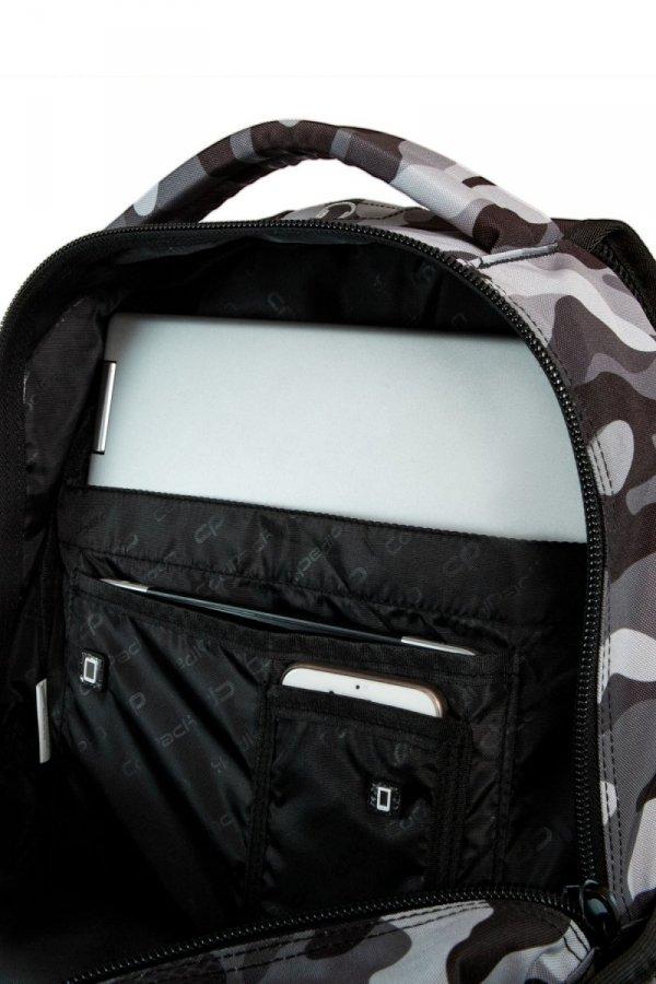 Plecak CoolPack BENTLEY szare moro w znaczki CAMO BLACK BADGES (23858)