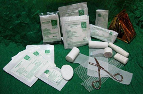 Wyposażenie apteczki pierwszej pomocy PK-1 + aparat