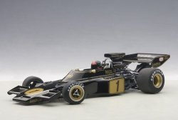 AUTOART Lotus 72E #1 Fittipaldi 1973 (with driver figurine fitted) (composite model/no openings)