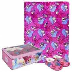 Zestaw prezentowy: koc polarowy, kapcie / pantofle i pudełko metalowe Shimmer i Shine : Rozmiar: - 32/33