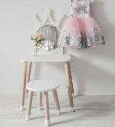 Toaletka dla dziecka z lustrem