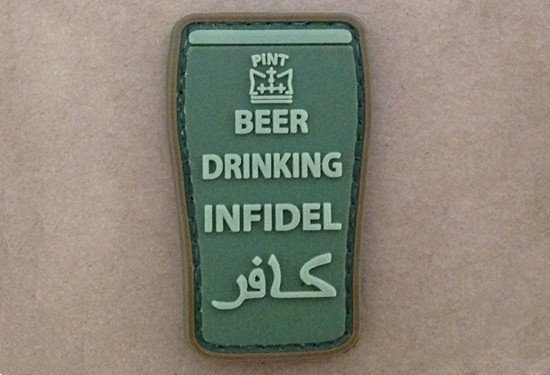 Naszywka 3D - Beer drinking infidel - Olive
