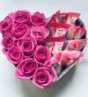 Box serce róże świeże, żywe i Raffaello