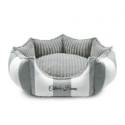 Dogs bed Monte Carlo